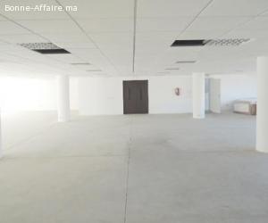 3 espaces bureaux/stockage de 435 m² àOuled Saleh