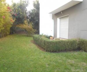 Moderne appartement avec jardin en location à Rabat Hay riad